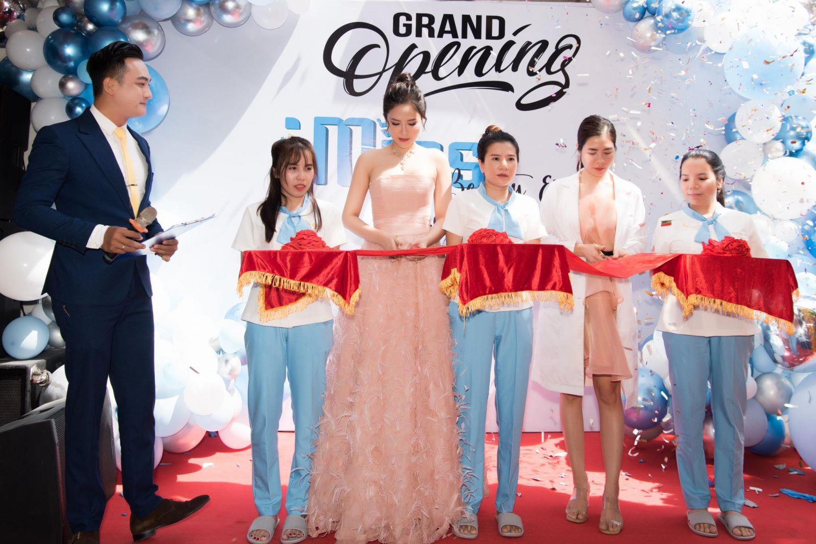 Hoa hậu Lê Bảo Tuyền khai trương iMiss Beauty & Spa