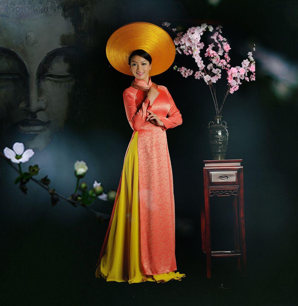 Hoa hậu Thanh Xuân ngày tưng bừng khai trương spa tại Kiên Giang